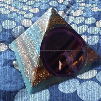 Pyramid Orgonite Space Mother, beeswax, crystals minerals and metals, no plastic epoxy