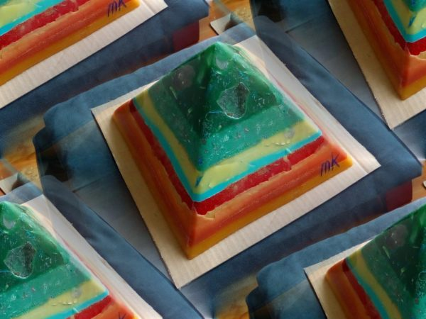 Election Day 24 cm pyramid orgonite