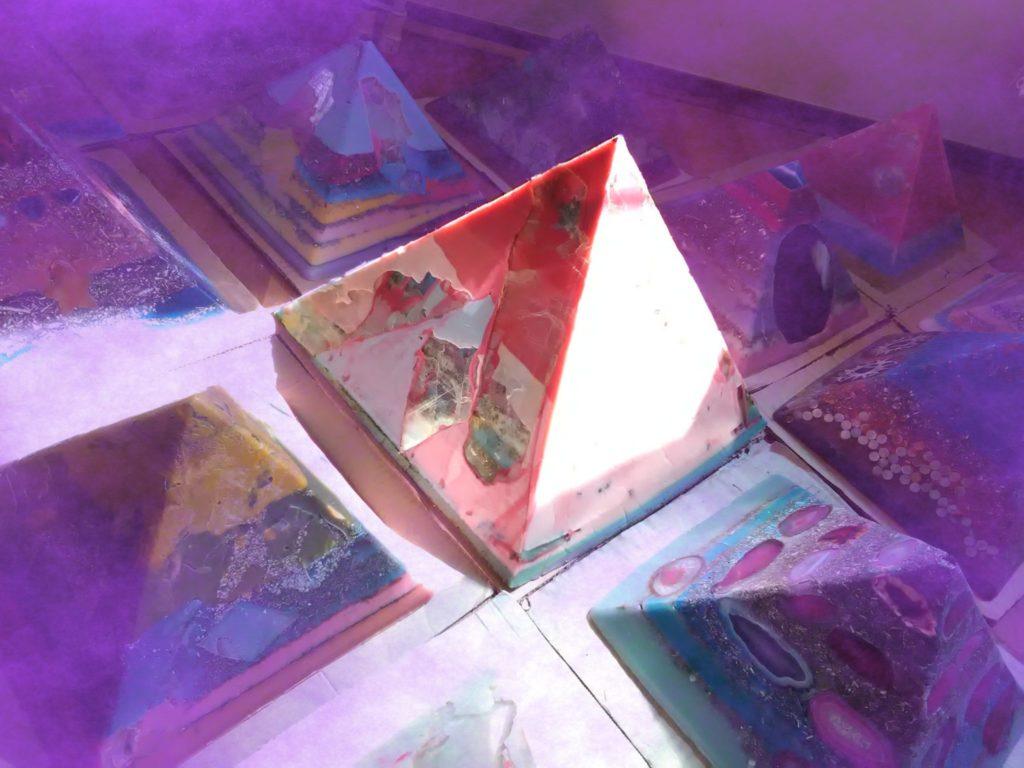 Orgonite pyramid Nirvana V2