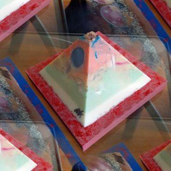 April 12 cm pyramid orgonite