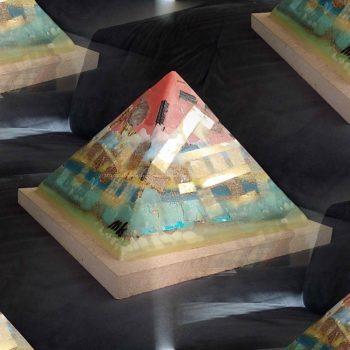 Orion Belt 24 cm piramide orgonite
