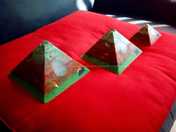 pyramids on red pillow