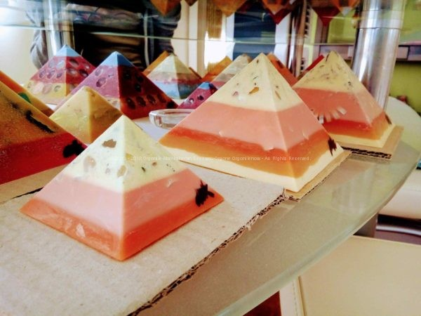Quartz Cave - Giza pyramids orgonite set beeswax