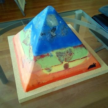 Stugeon Moon 24 cm beeswax pyramid orgonite